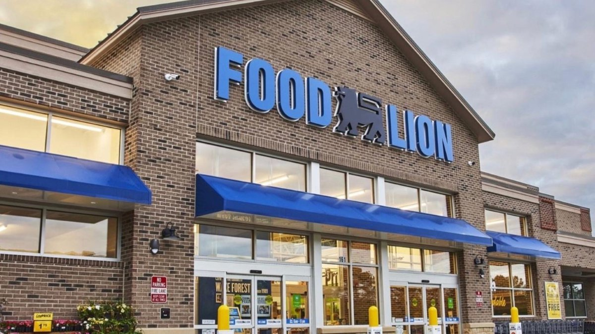 A new supermarket in the Murrells Inlet  area will soon open their doors to customers.