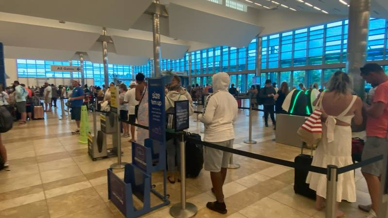 The number of stranded passengers in Myrtle Beach is growing after Spirit Airlines canceled...