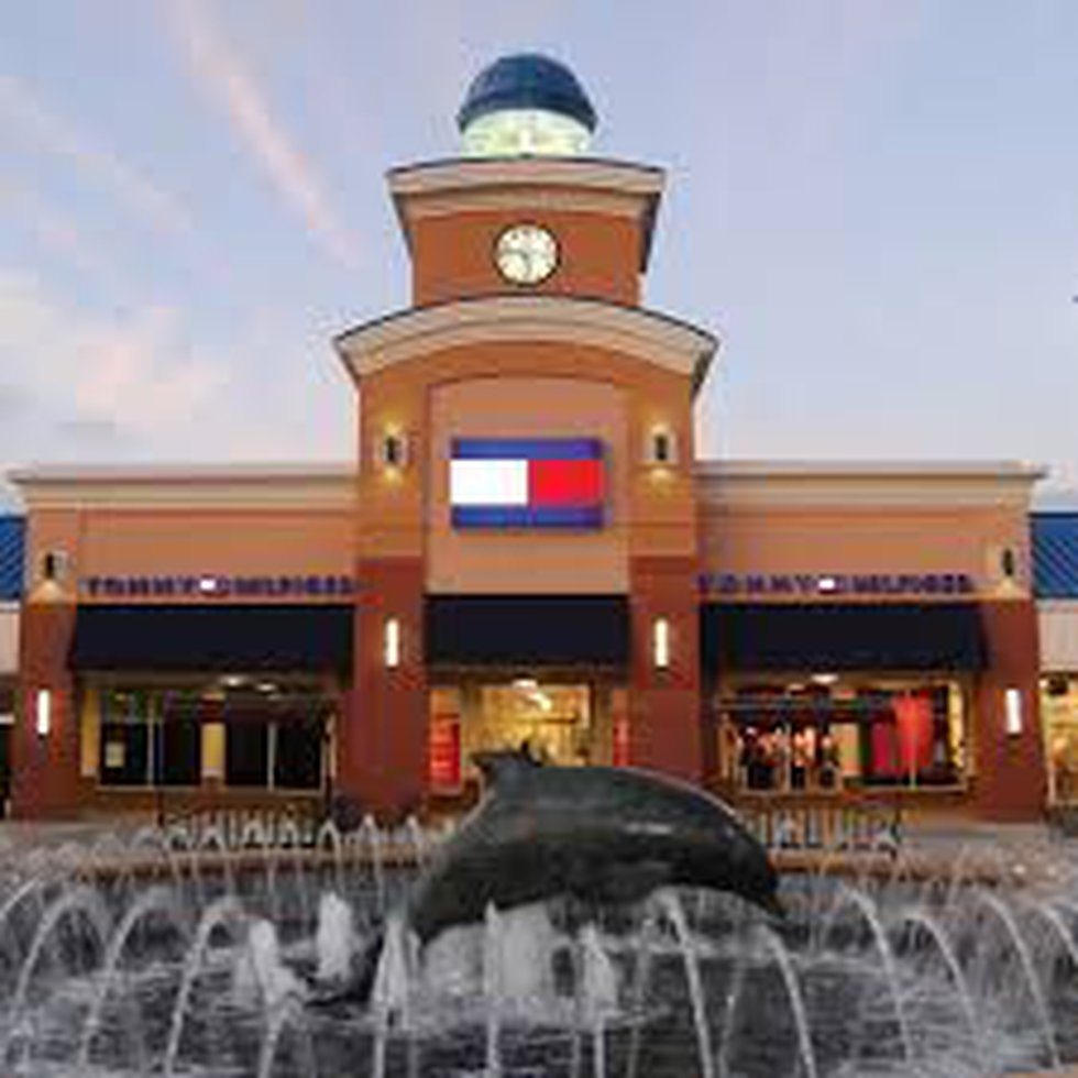 Tanger Outlets Hwy 17