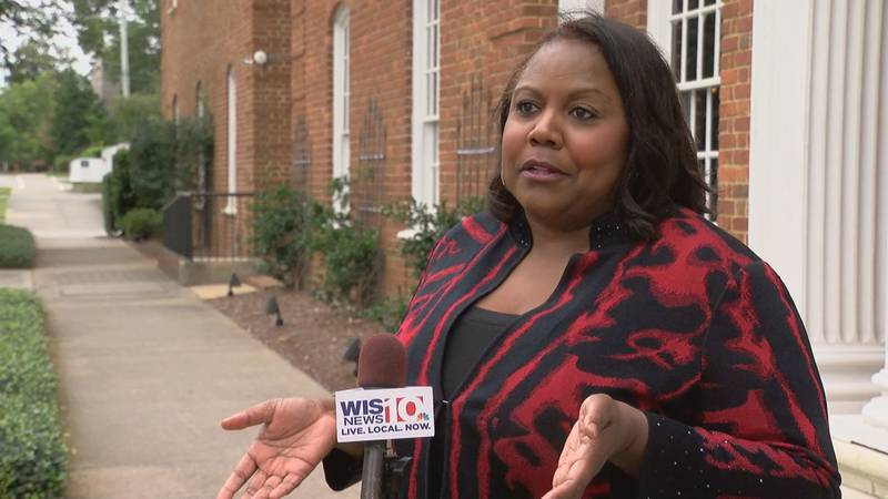 A state grand jury indicted Councilwoman Dalhi Myers on 24 counts.
