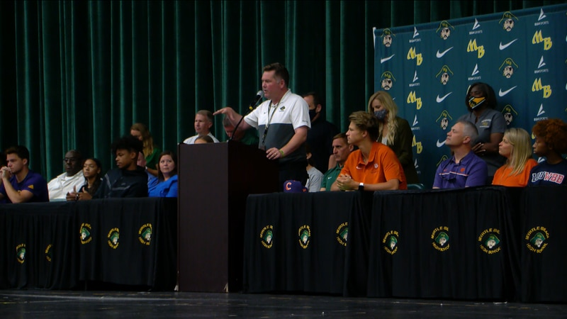 11 student-athletes at Myrtle Beach HS sign to play collegiate sports