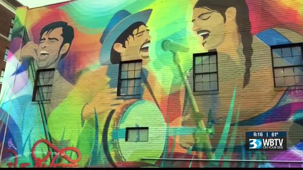 Avett Brothers honored with large mural in Concord