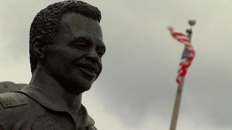Lake City community gathers to honor astronaut Ronald McNair