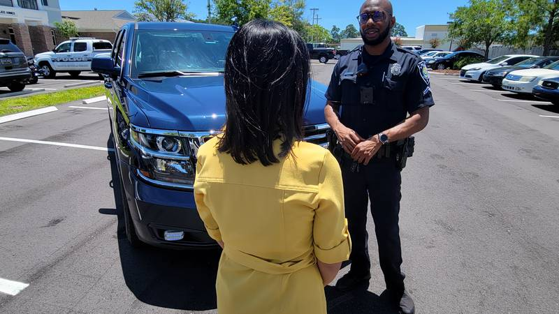 Myrtle Beach Traffic Officer Aaron Allston explains how to spot a fake police officer.