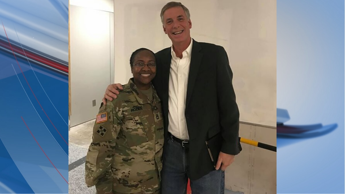 Congressman Tom Rice gave up his first-class seat to a soldier on Christmas leave.