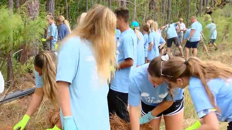 'Day of Caring' event draws 300 hundred volunteers to beautify a Conway housing community