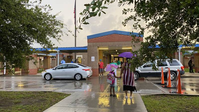 Students head back for the first day of class at Homewood Elementary School in Horry County.