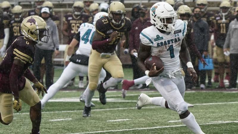 Coastal Carolina's CJ Marable (1) runs for a touchdown against Texas State during the second...