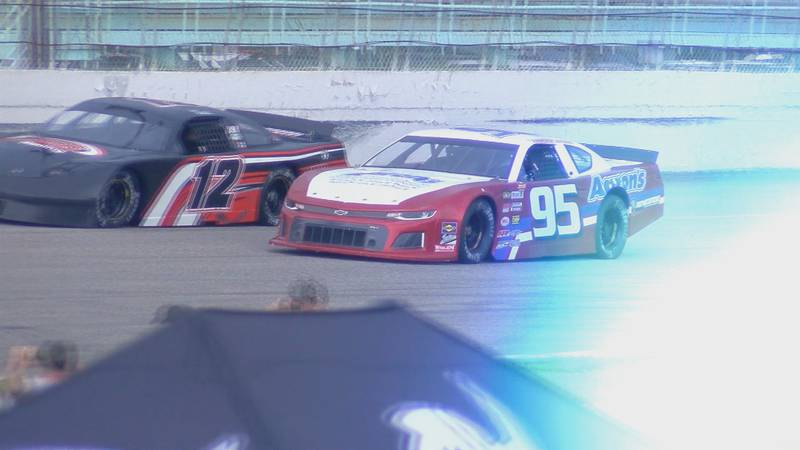 The last Sun Fun 101 at Myrtle Beach Speedway.  Sam Yarbrough races in the 95 late model stock...