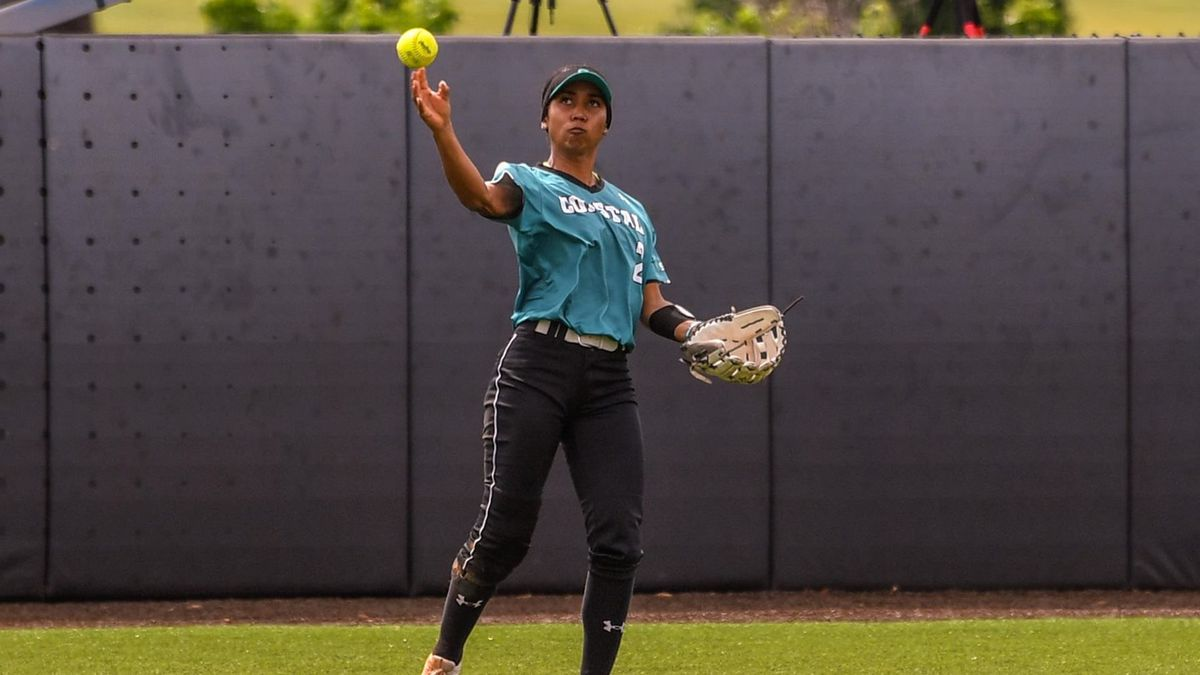 Stavi Augur hit a home run for the Chants in the loss.