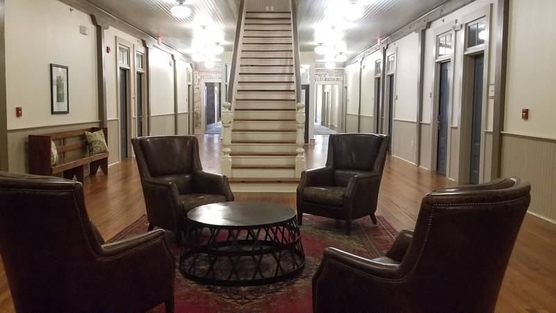 A penthouse and owner's suite are available for rent at Hotel Florence.