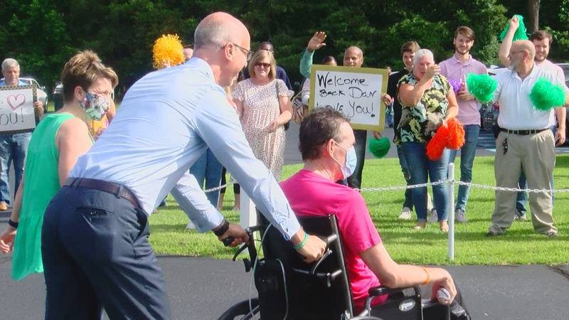 Church welcomes back a COVID survivor after spending 306 days in the hospital