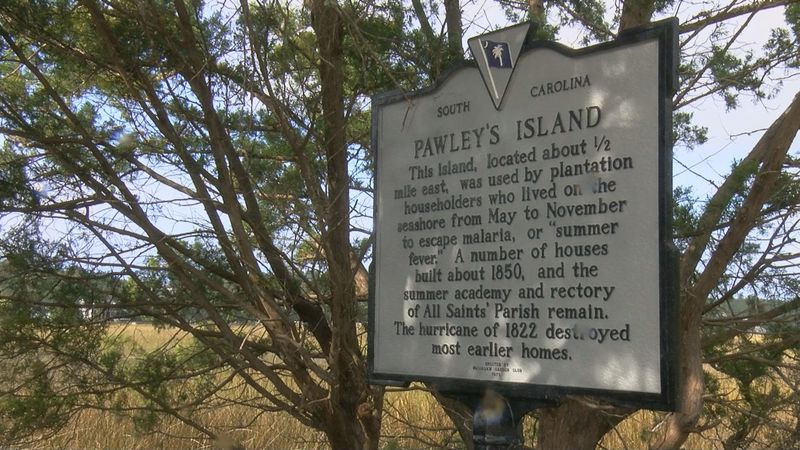 Residents living in Pawleys Island discuss whether part-time resident should be allowed to vote...