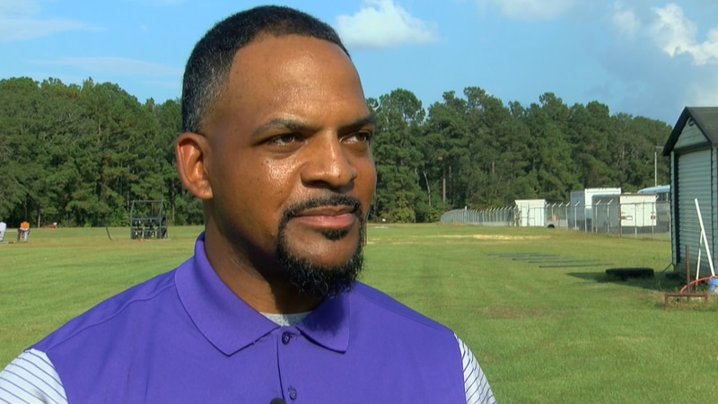 Wilson head coach Derek Howard hired to lead Ridge View football program