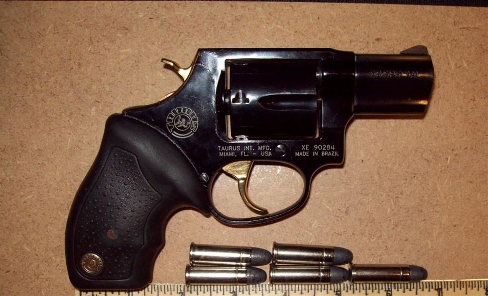 Photo of the gun found at the security checkpoint. (Source: TSA)