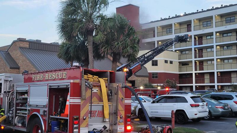 Crews managed to prevent a fire from spreading to multiple units of a North Myrtle Beach hotel...