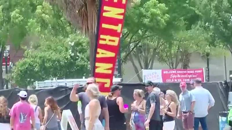 Fans returned to Myrtle Beach for the 2021 Carolina Country Music Fest.