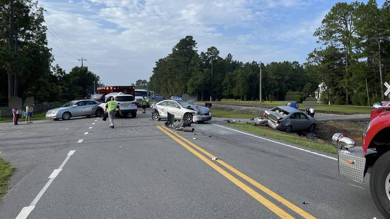 Drivers are being asked to seek alternate routes as crews work a multi-vehicle crash in Loris.