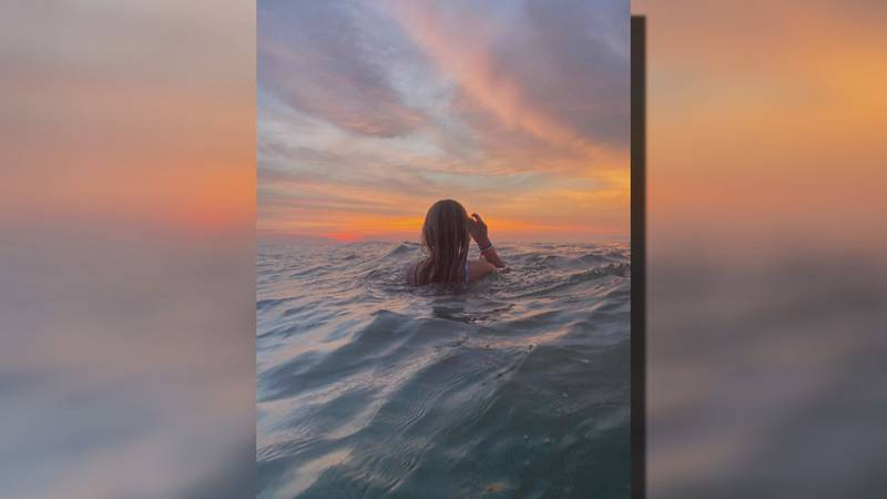 13-year-old Maggie went to the beach with her friends Saturday morning to take sunrise photos.